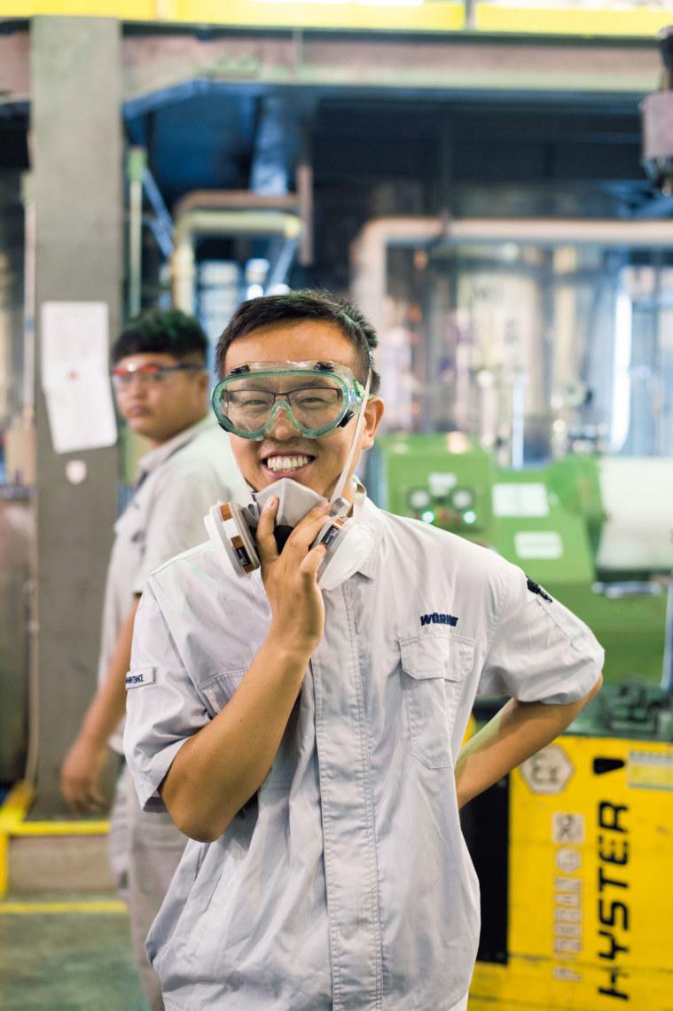 Die chinesischen Mitarbeiter produzieren auf demselben Niveau wie ihre deutschen Kollegen und sind sehr stolz darauf.