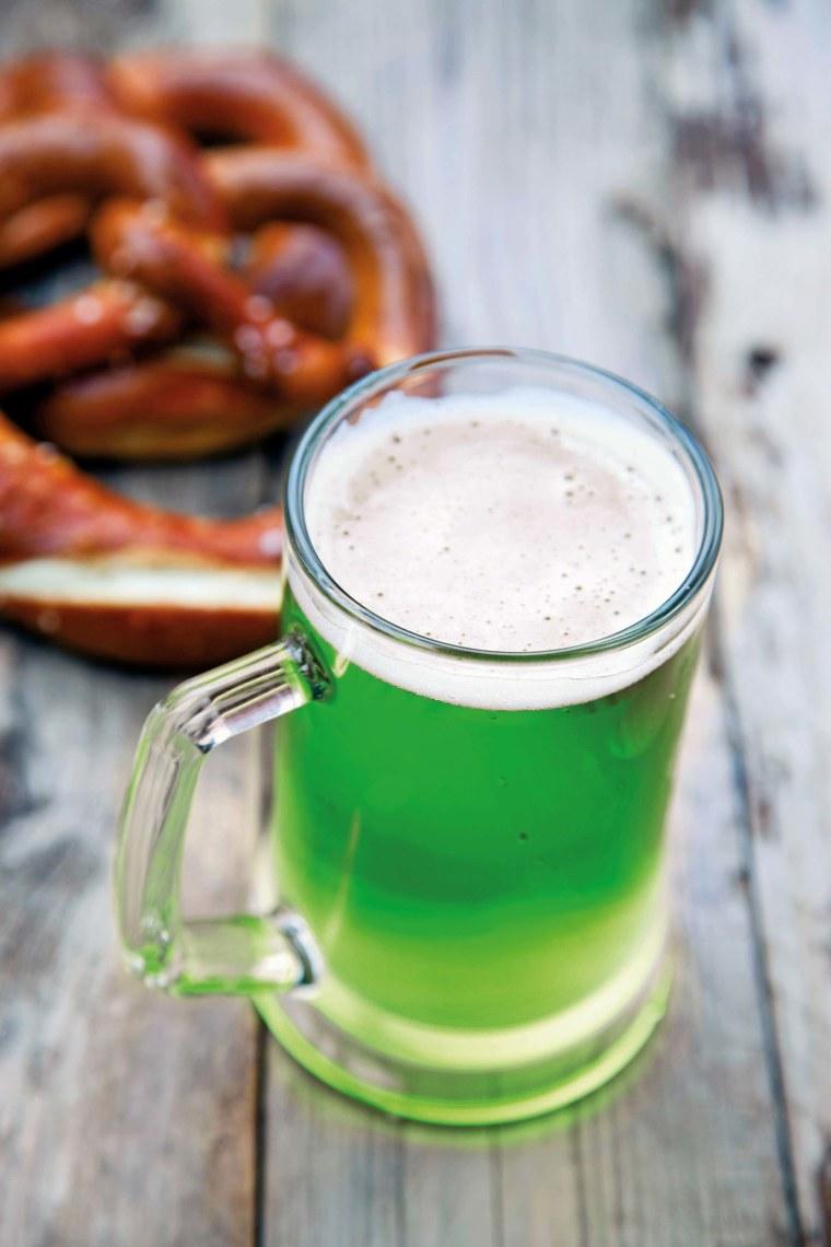 Ganz in Grün? Bei diesem Bier fällt der Genuss schwer. ©shutterstock
